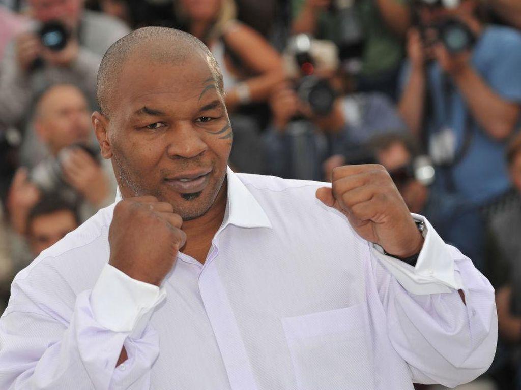 Jalan Panjang Mike Tyson Temukan Islam dan Bangga Menjadi Muslim