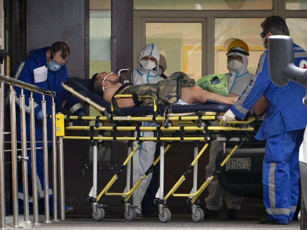 Rumah Sakit Terbakar, Ratusan Pasien Covid-19 Dievakuasi