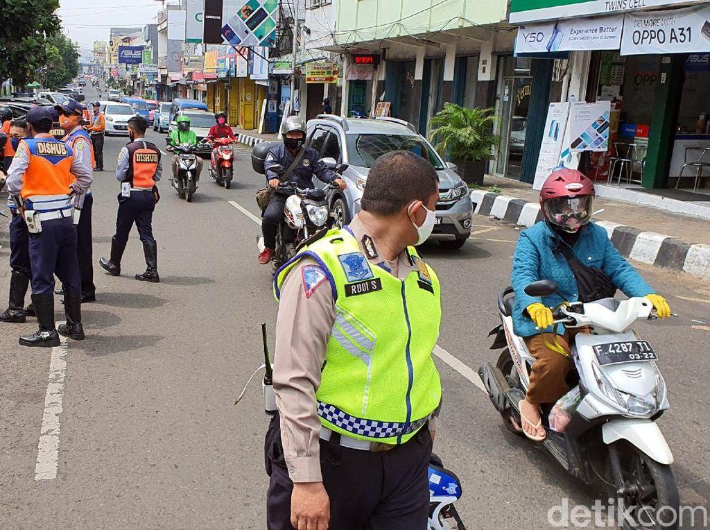 Jaring Warga Tak Bermasker, Pol PP Sukabumi: Alasannya Pengap dan Lupa