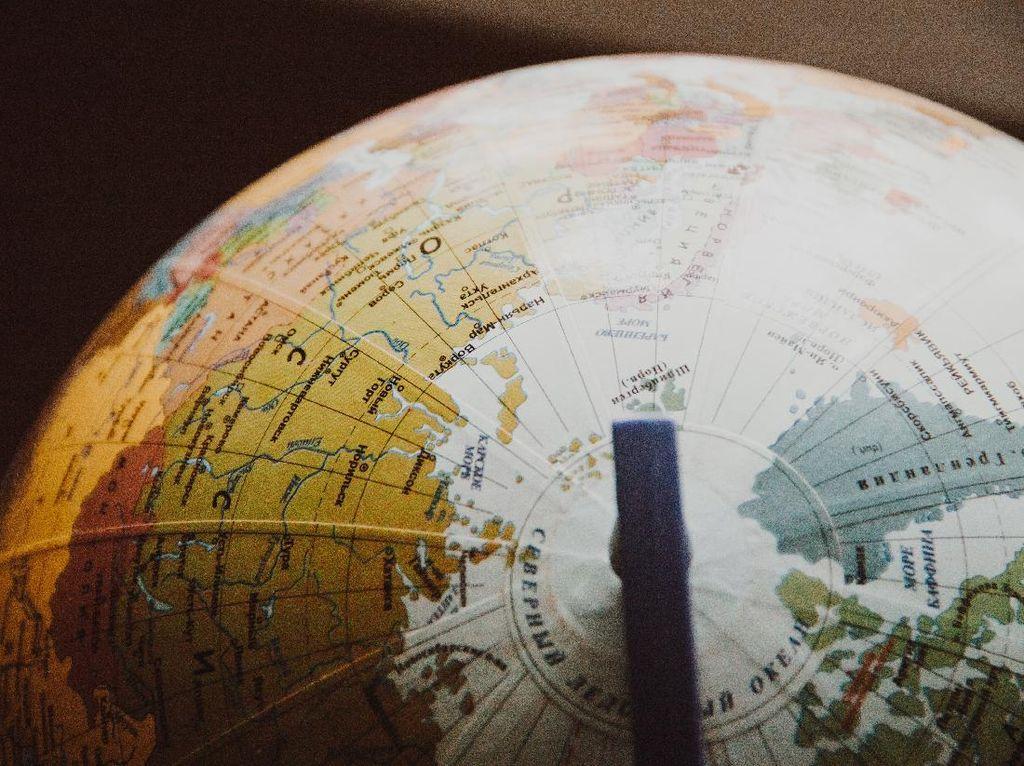 Cara Mudah Pelajari Bumi Bulat dari Rumah Saja