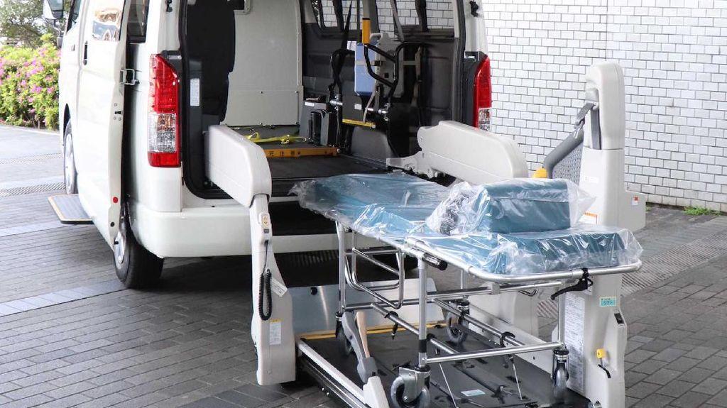 Toyota Hiace Khusus Pasien COVID-19