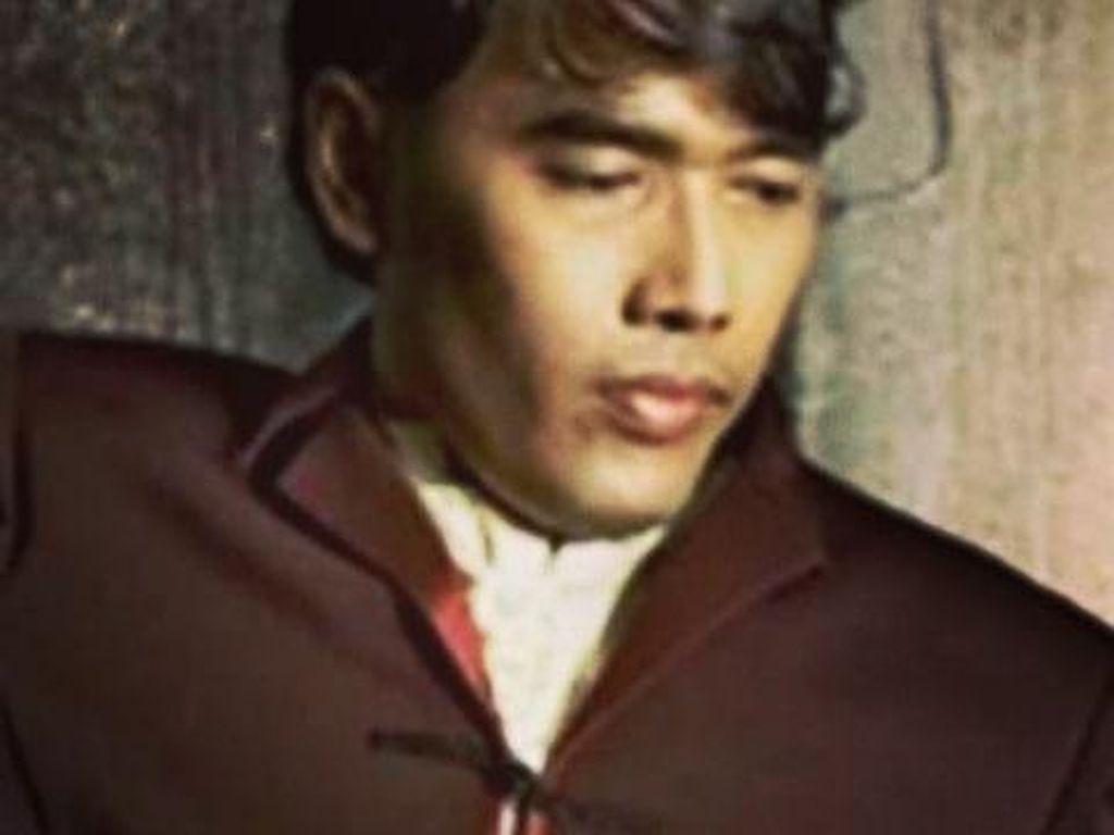 Berduka atas Kepergian Erwin Prasetya, Dewa 19 Unggah Foto-foto Lawas