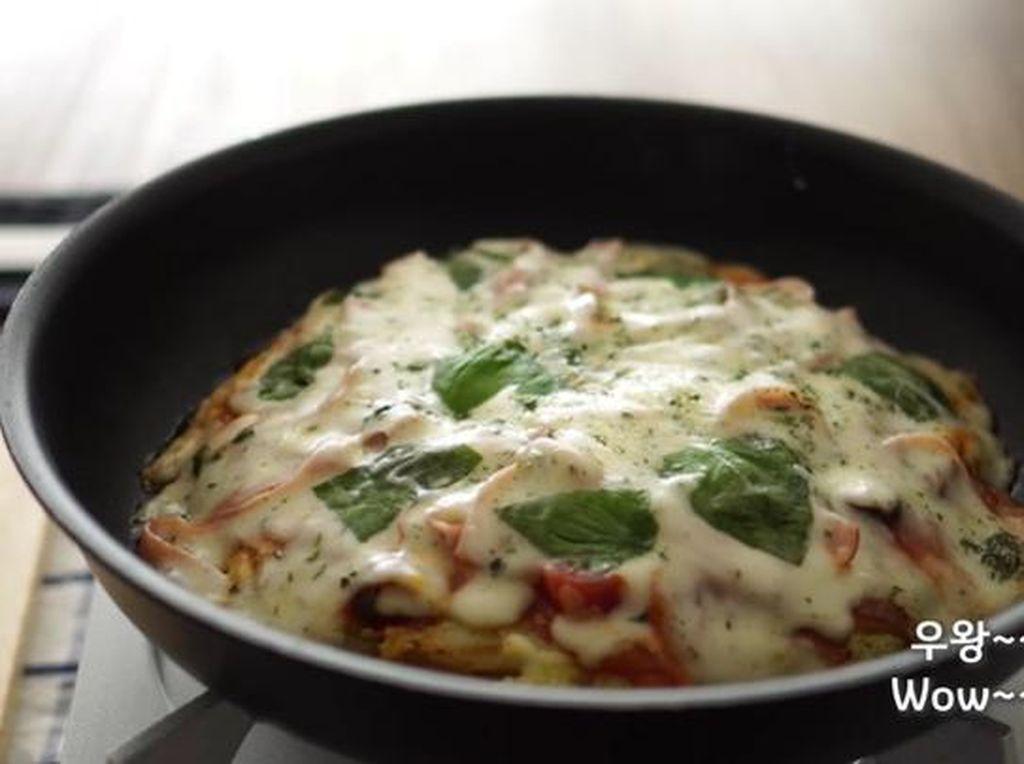 Tanpa Tepung, Ini Resep Pizza Kentang yang Enak dan Praktis!