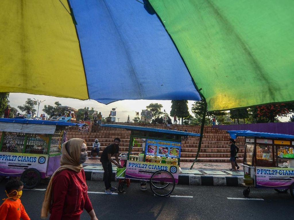 Catatan Pemkot Bekasi soal PSBB di Bulan Ramadhan: Warga Ramai Cari Takjil