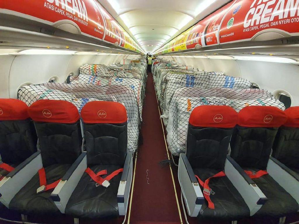 Ketika Kabin Penumpang AirAsia Jadi Kargo Barang