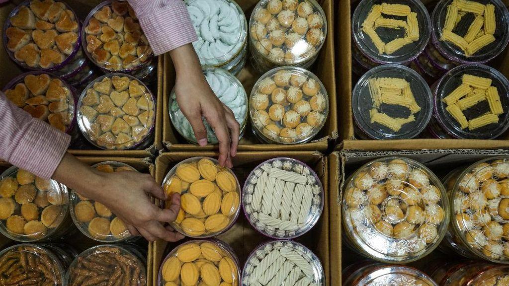 Kue Kering, Bisnis Manis di Bulan Ramadhan