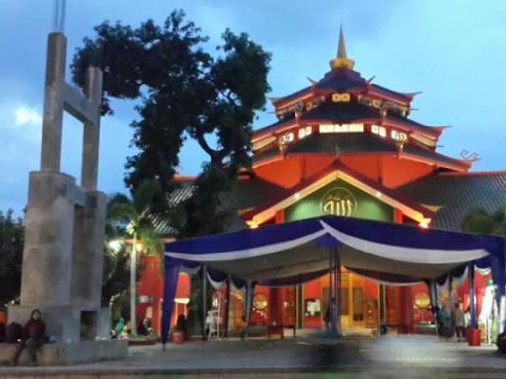 Khasnya Bangunan Masjid Cheng Ho