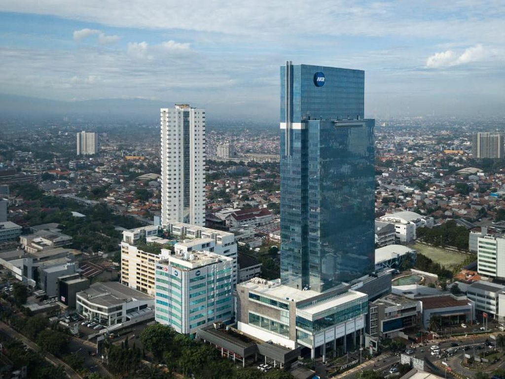 AKR Gallery West: Superblok Ikonik di Jakarta Barat