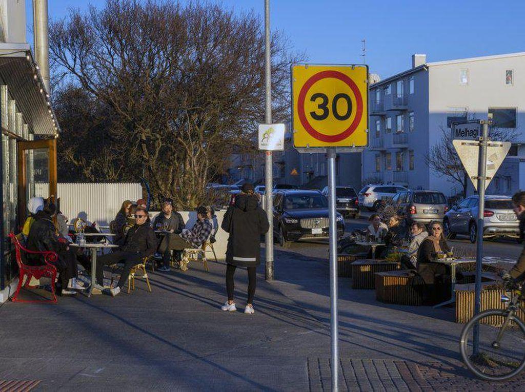 Islandia Sukses Tangani Corona Berkat Pelacakan dan Pengujian Ketat