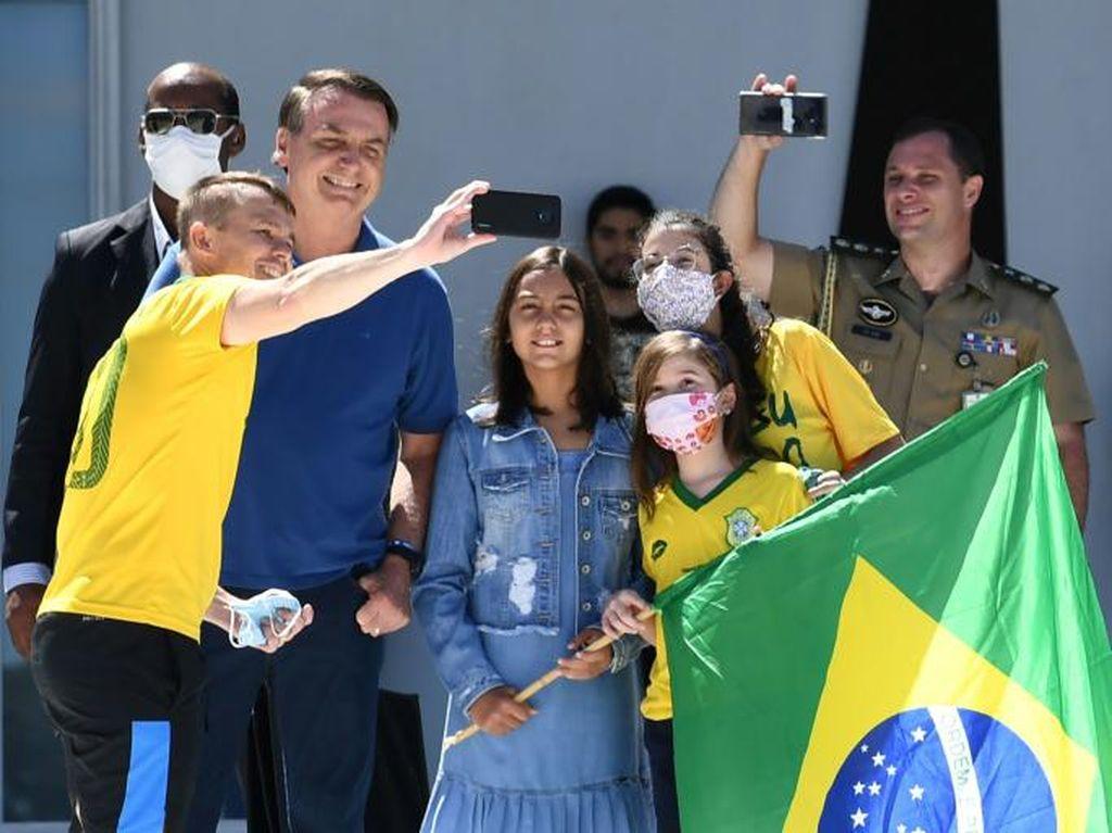 Presiden Brasil Salahkan Para Gubernur yang Terapkan Lockdown karena Corona