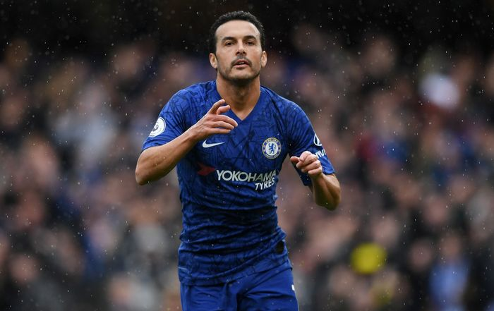 LONDON, ENGLAND - MARCH 08: Pedro of Chelsea celebrates after scoring his teams second goal during the Premier League match between Chelsea FC and Everton FC at Stamford Bridge on March 08, 2020 in London, United Kingdom. (Photo by Shaun Botterill/Getty Images)