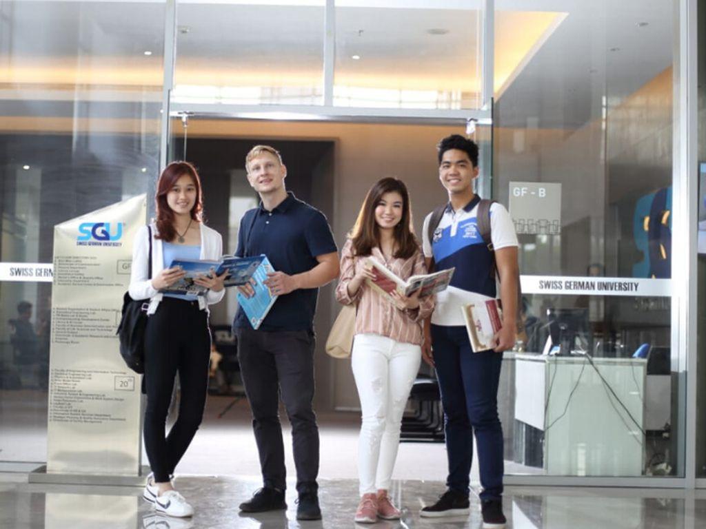 Peringati Hardiknas Internship Study Experience Bersama Kampus SGU