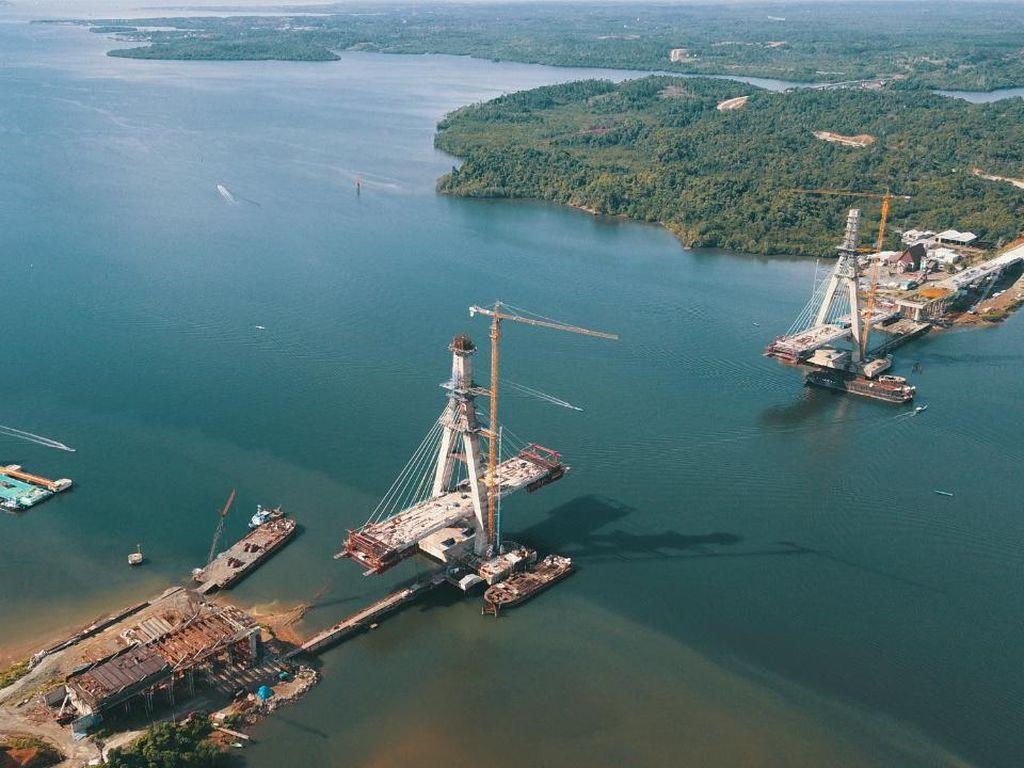 Progres 76%, Proyek Jembatan Pulau Balang Dipastikan Rampung 2021
