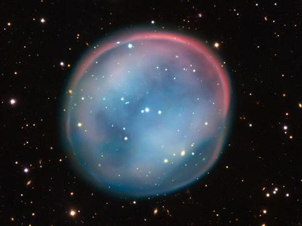 Penampakan Bintang Mati yang Cantik Sekaligus Suram