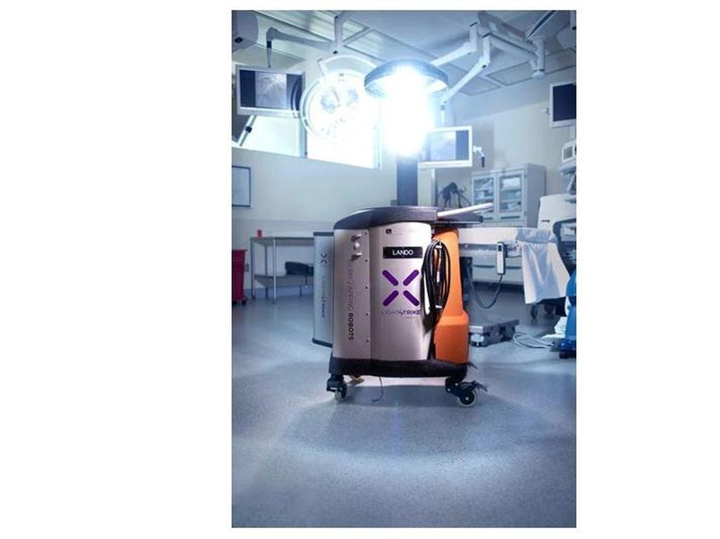 Robot Ini Mampu Bunuh Corona Dalam Waktu 2 Menit