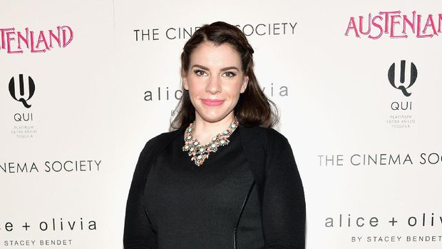 NEW YORK, NY - AUGUST 12: Author and Producer Stephenie Meyer attends The Cinema Society with Alice and Olivia screening of Sony Pictures Classics'