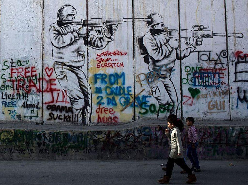 Setelah Bertahun-tahun, Akhirnya Warga Palestina Punya Kode Pos Sendiri