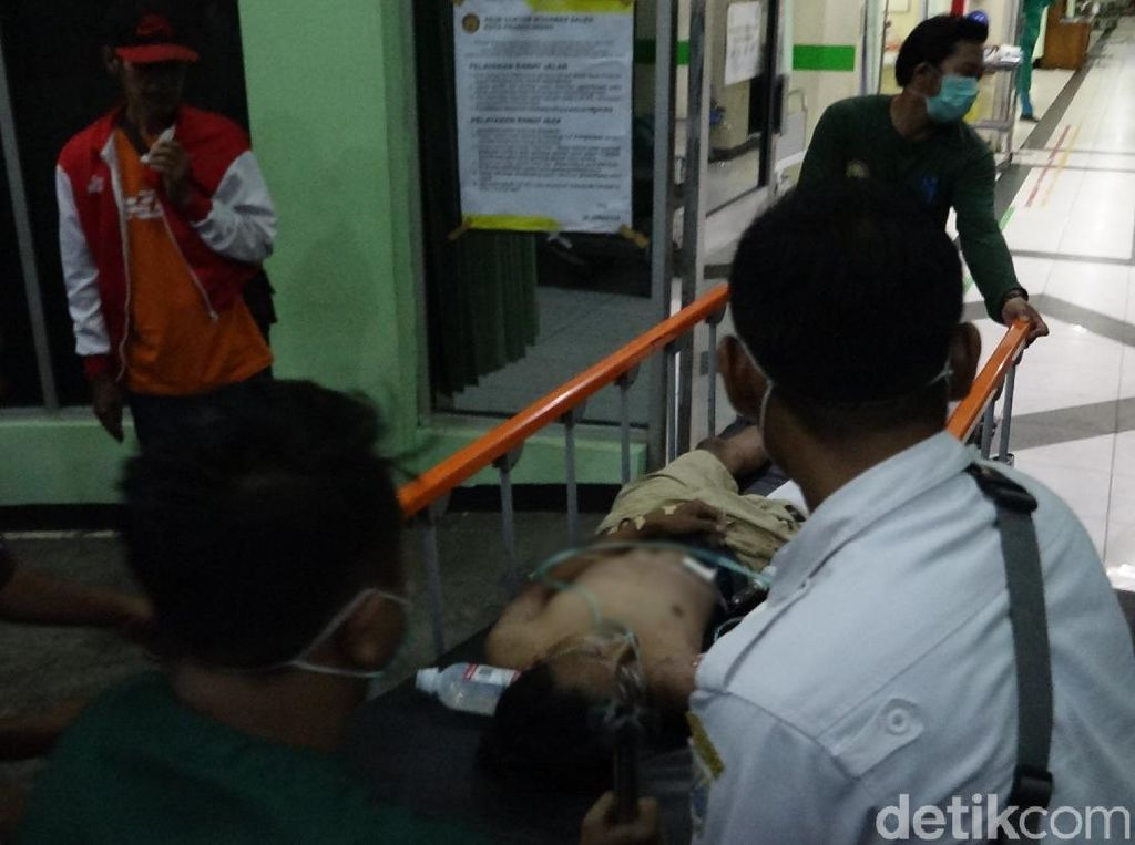 Ugal-ugalan Boncengan Naik Motor, 2 Pemuda Tewas 2 Kritis di Probolinggo