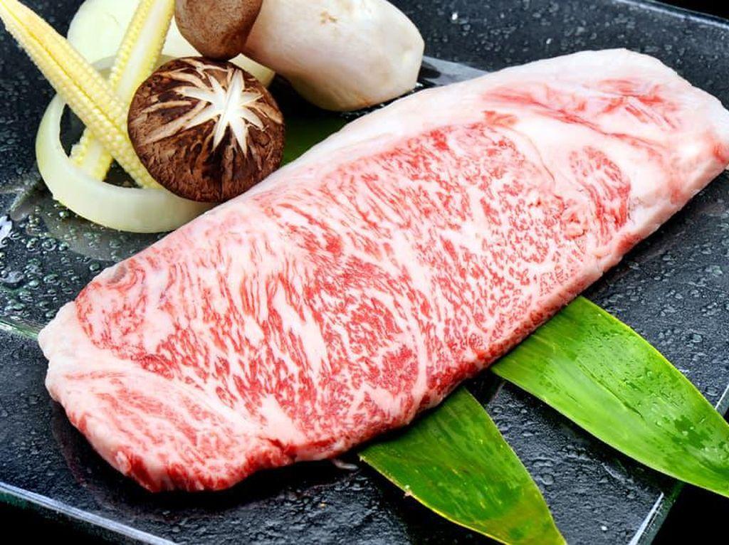 Bank Makanan Ini Terima Donasi Daging Wagyu Senilai Rp 33 Miliar