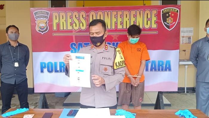 Pria Bengkulu Ditangkap Jadi Muncikari Online