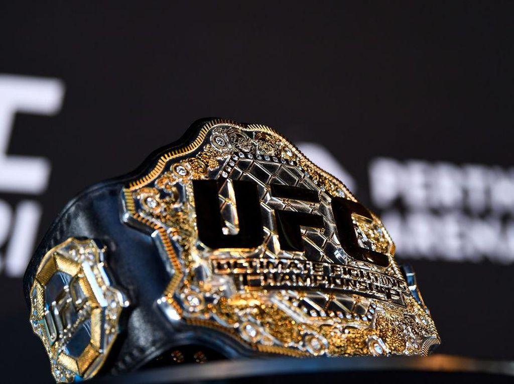 Kisruh di Kelas Ringan UFC Setelah Khabib Pergi