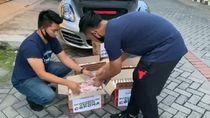 Crazy Rich Surabaya Bagi Kardus Berisi Uang, Sindir Ferdian Paleka