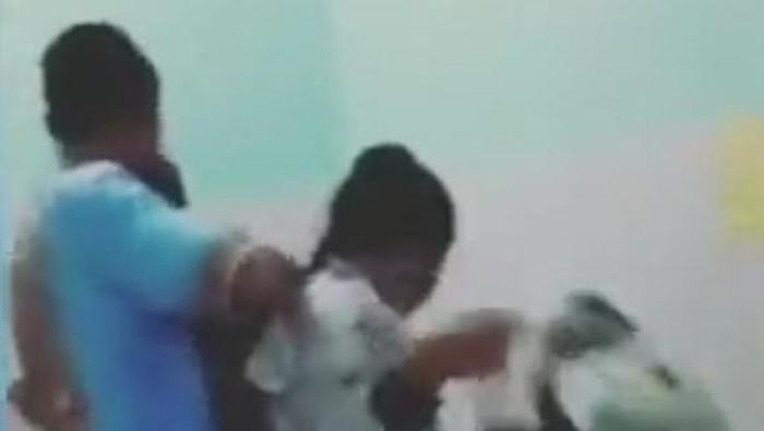 Screenshot video viral oknum polisi digerebek istri di Medan