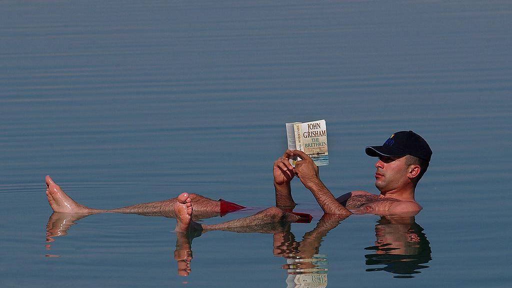 Potret Laut Mati, Keajaiban Alam yang Berada di Timur Tengah