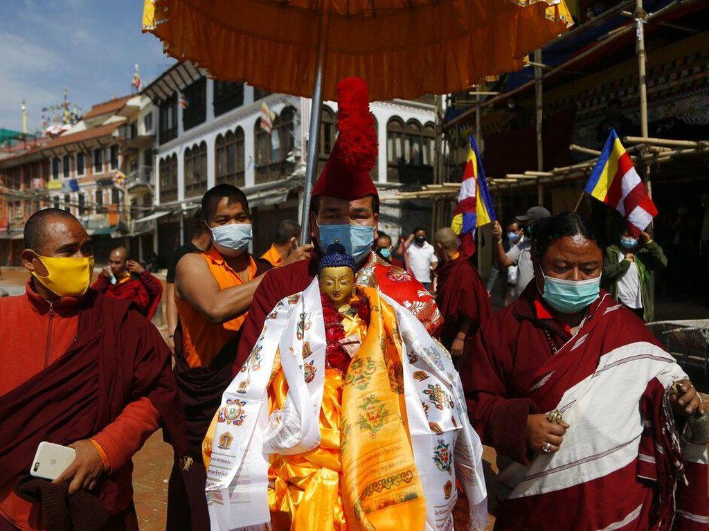 Begini Momen Perayaan Waisak di Nepal
