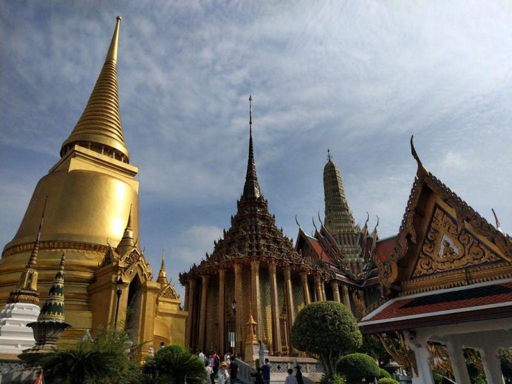 Merayakan Waisak dengan Bertemu Buddha di Thailand