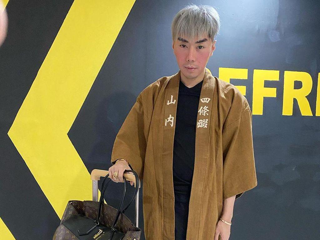 Deretan Gaya Nyentrik Roy Kiyoshi Sebelum Ditangkap karena Narkoba