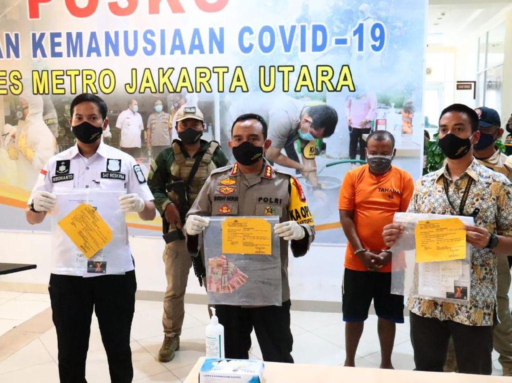 Duh! Dana Bansos bagi Sopir Angkot di Jakut Disunat Oknum Timer