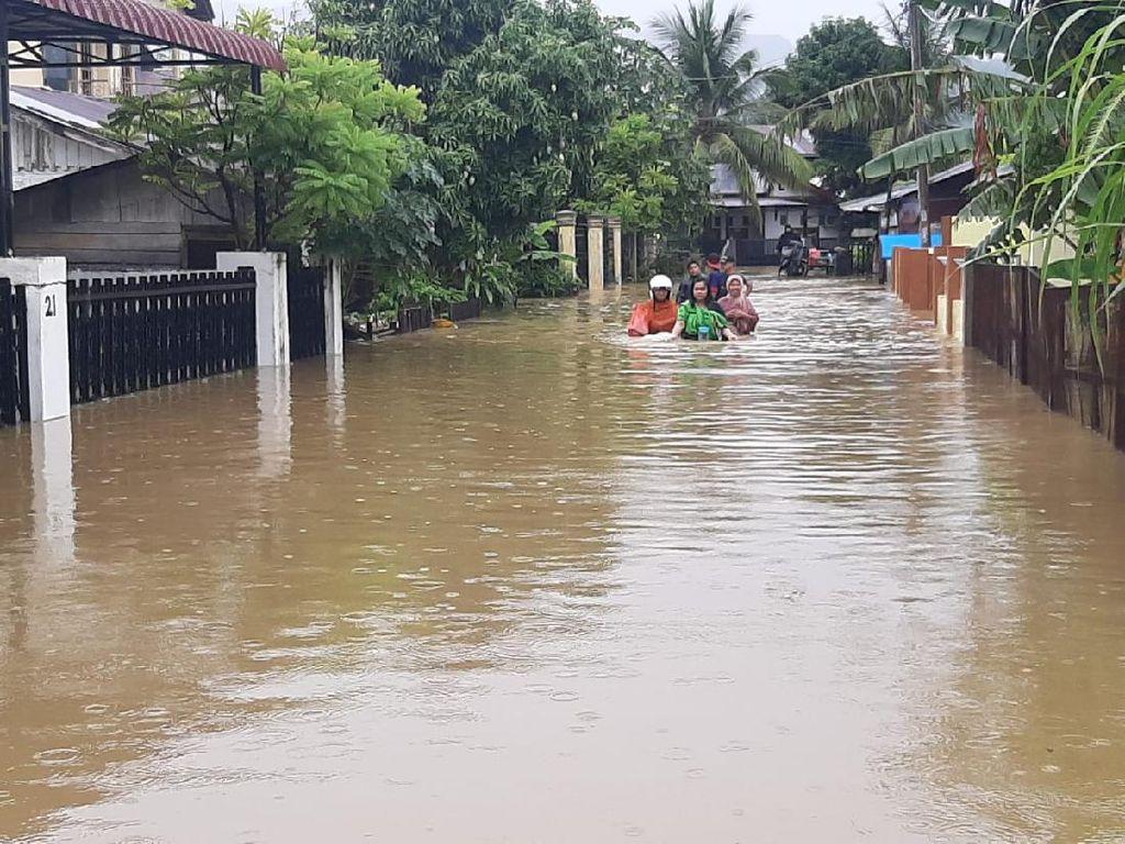 Banjir Bikin Pasien Corona di Aceh Ngungsi dari RS