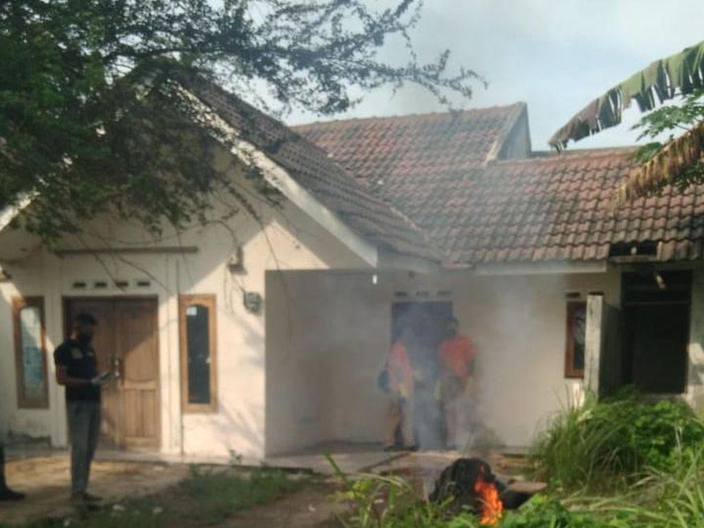 Polisi Bongkar Kuburan di Rumah Penganiaya Istri di Bogor Pagi Ini