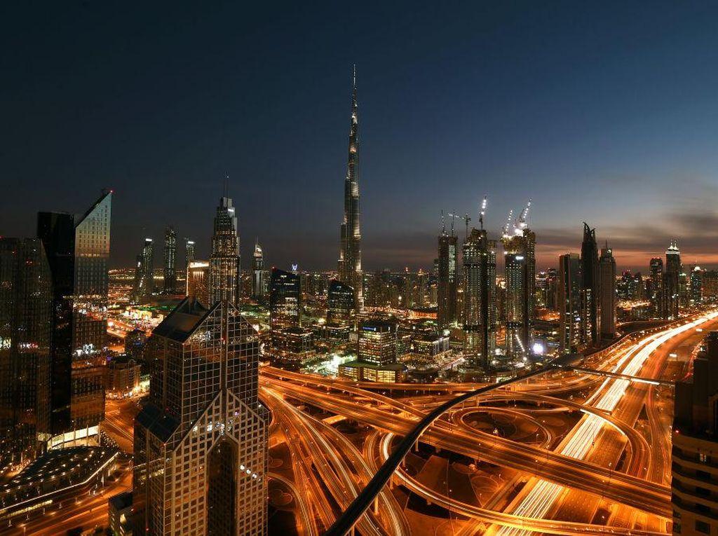 Ini Alasan Burj Khalifa Punya 3 Waktu Berbeda untuk Buka Puasa