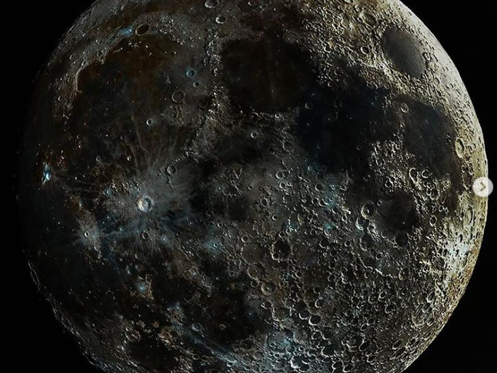 Wow, Ini Foto Bulan Paling Jelas yang Pernah Ada