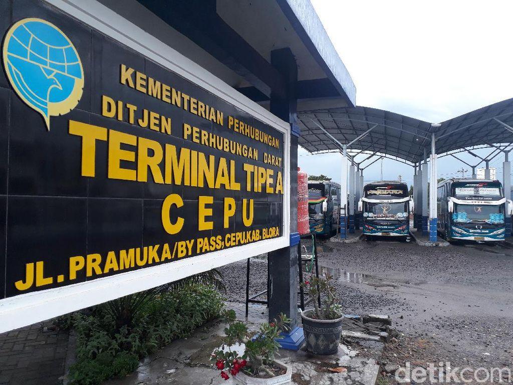 Diizinkan Beroperasi, Bus Antarkota Justru Parkir di Terminal Cepu