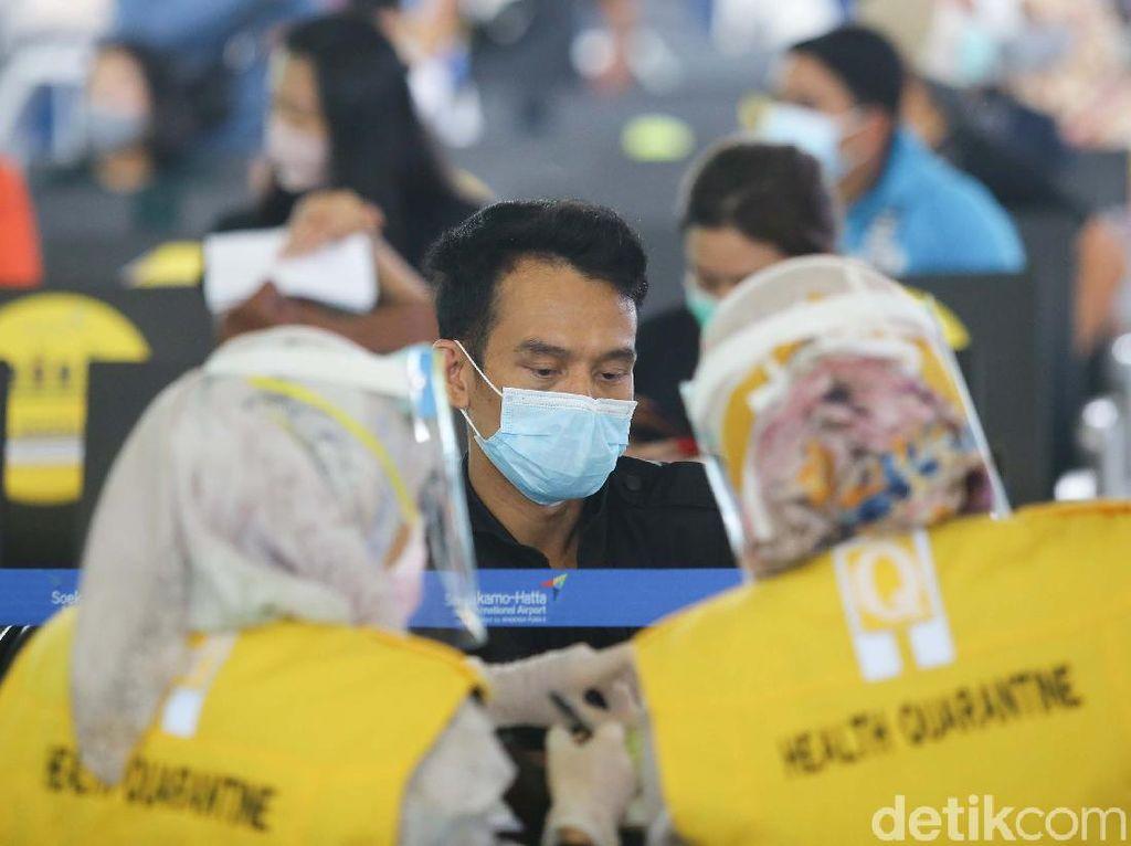 Lagi, Jumlah Kasus Baru Infeksi Corona di Indonesia Melonjak di Atas 900