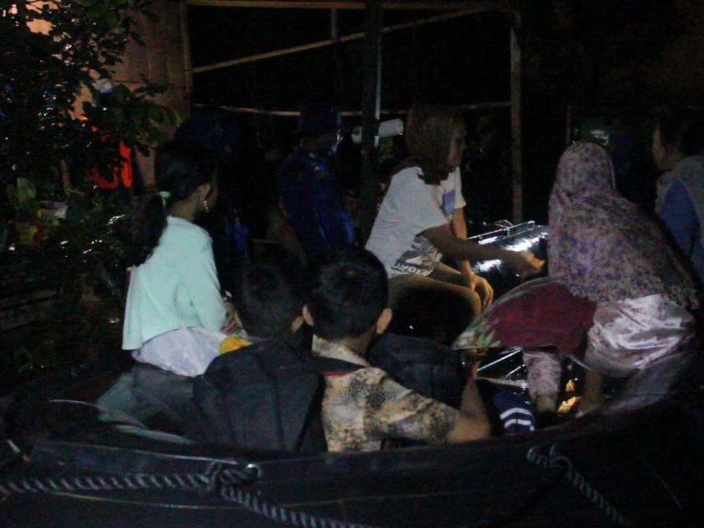 Ratusan Warga di Aceh Besar Mengungsi Akibat Banjir