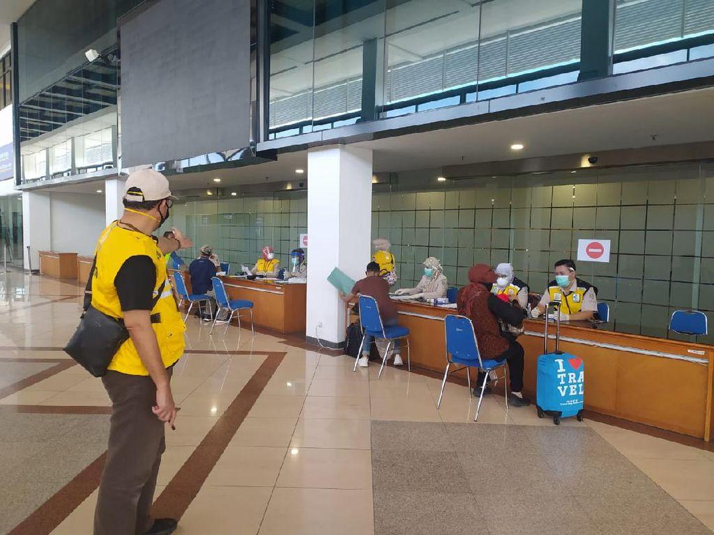 Penerbangan Lewat Bandara Juanda Sudah Dibuka, Penumpang Masih Sepi