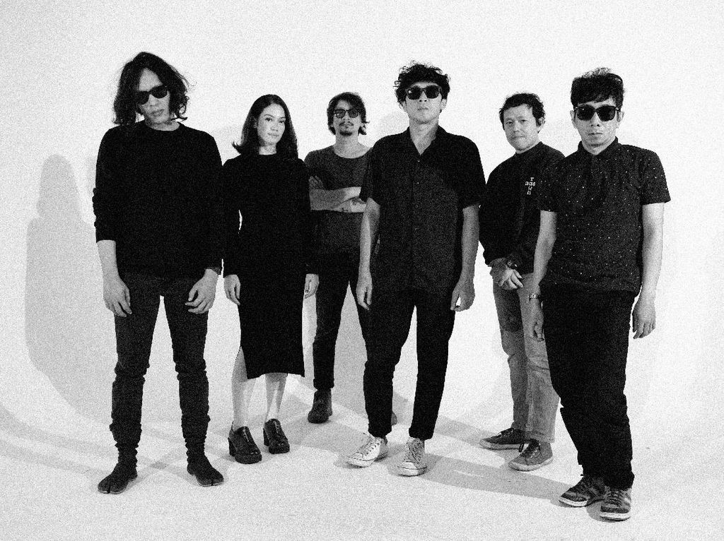Misteria Album Goodnight Electric dalam Formasi Baru