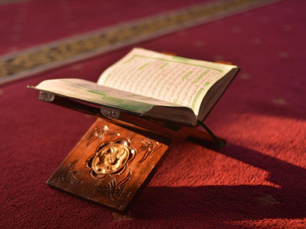 Surat Al Fatihah, Arab, Terjemahan, dan Rahasianya