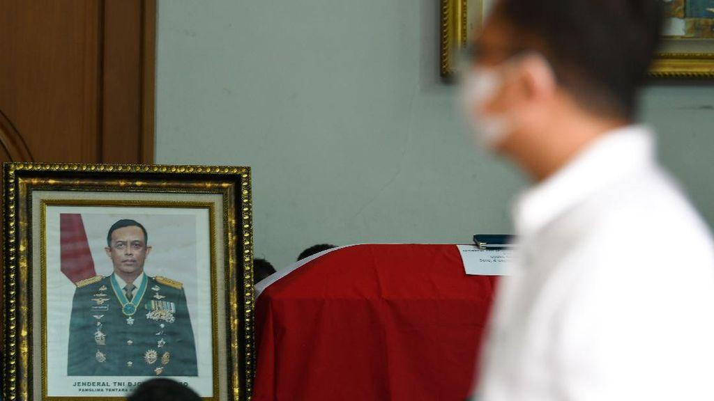 Begini Suasana di Rumah Duka Mantan Panglima TNI Djoko Santoso