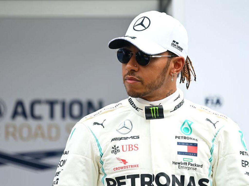 Hamilton Tak Bergairah Usai Tahu F1 Digelar Tanpa Penonton