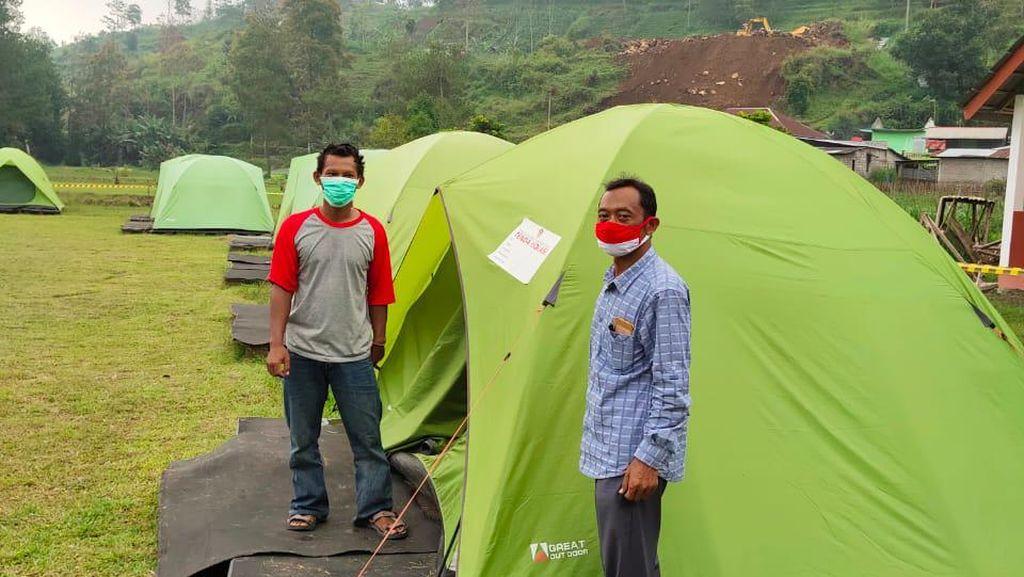 Foto: Deretan Tenda Karantina Pemudik di Karanganyar
