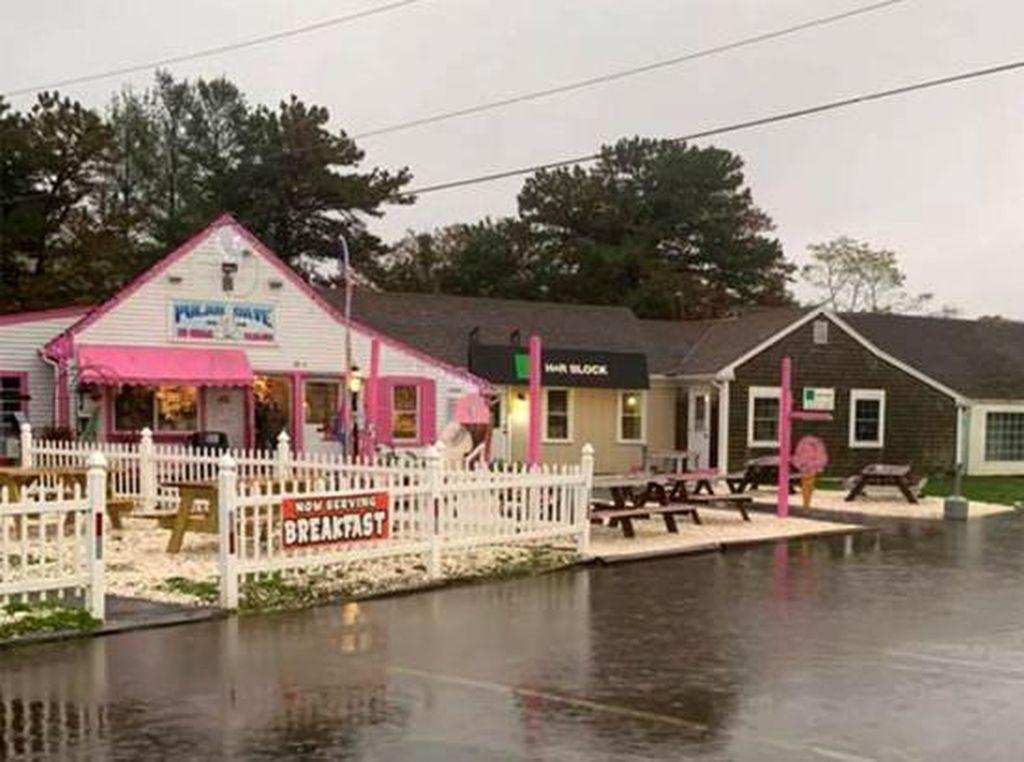 Baru Dibuka, Kafe Ini Tutup Lagi karena Pelanggan Tak Terapkan Jarak Sosial