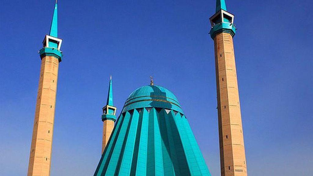 Potret Masjid Mashkhur Jusup yang Unik dari Kazakhstan