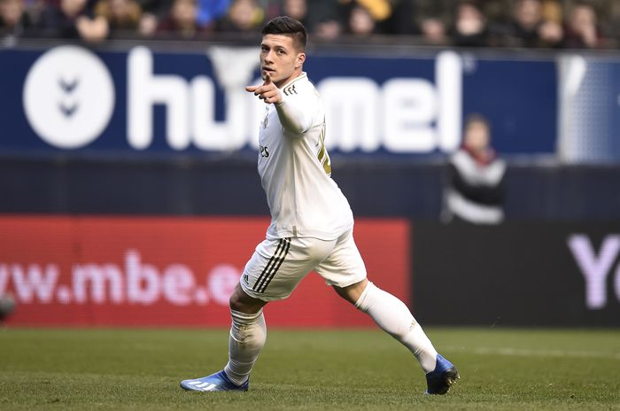 PAMPLONA, SPAIN - FEBRUARY 09: Luka Jovic of Real Madrid celebrates after scoring his teams fourth goal during the La Liga match between CA Osasuna and Real Madrid CF at El Sadar Stadium on February 09, 2020 in Pamplona, Spain. (Photo by Juan Manuel Serrano Arce/Getty Images)