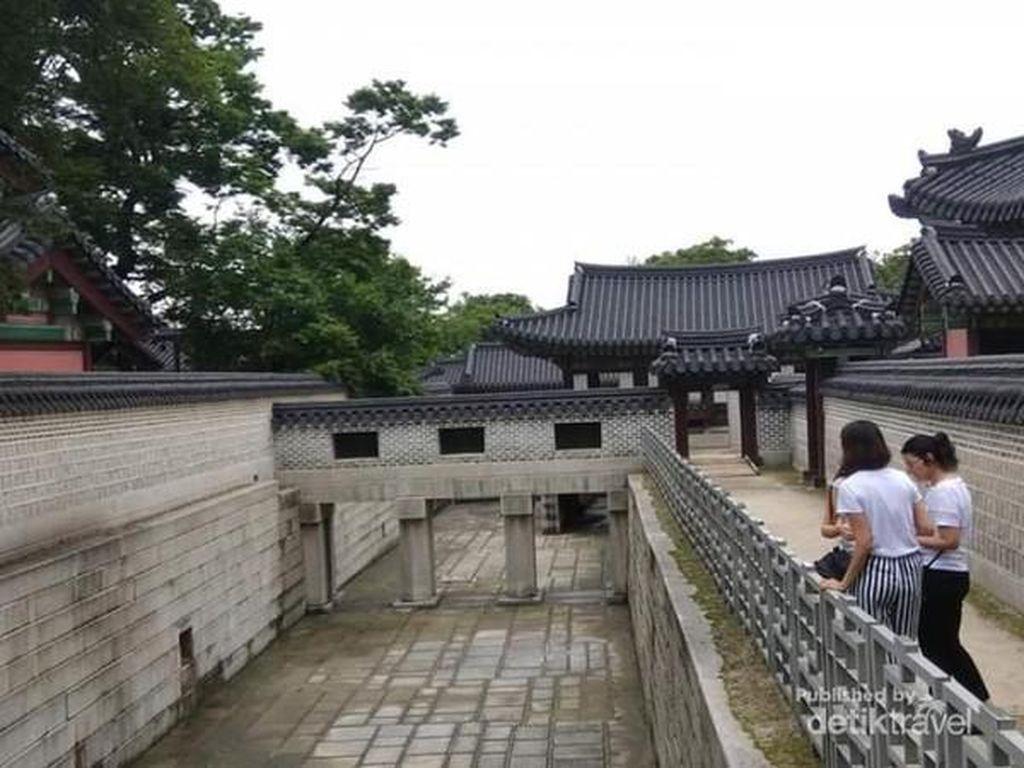 Changdeok, Salah Satu Istana Megah di Serial Kingdom