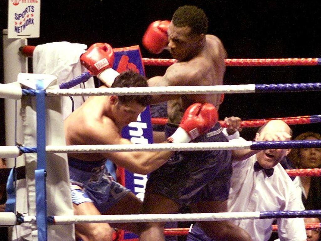 10 Kemenangan KO Tercepat Mike Tyson, Nomor 1 Cuma 30 Detik!